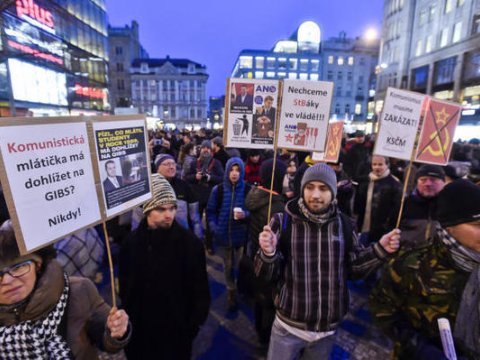 Demo in Prag (Foto: DPA)
